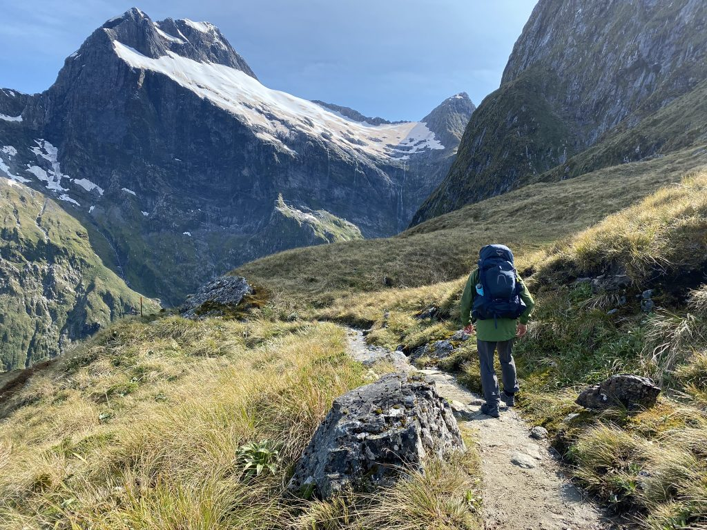MILFORD TRACK – YOUR BOOKING GUIDE
